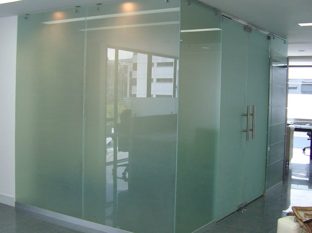 Paredes de vidrio templado metalmachine - Pared de vidrio ...