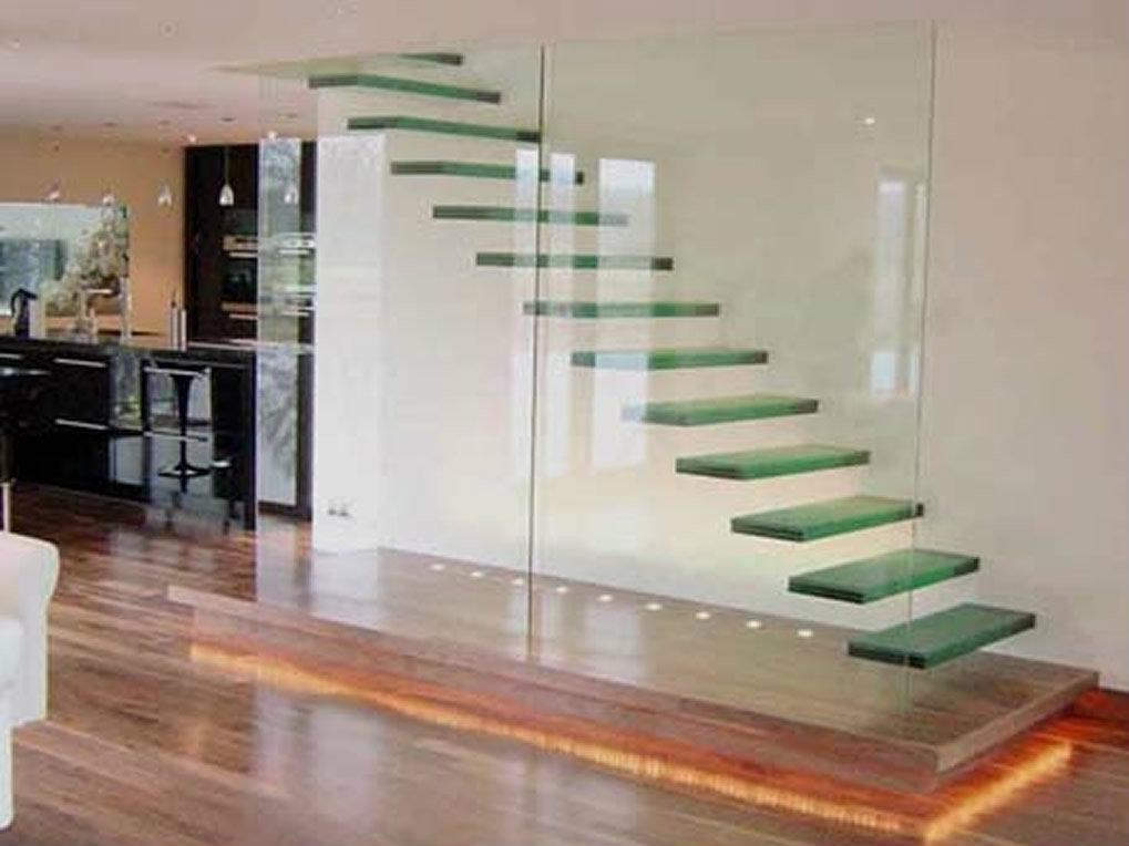 Gradas en acero inoxidable y vidrio metalmachine for Imagenes de gradas